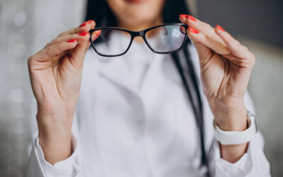 Do You Need New Eyeglasses? 5 Questions You Must Ask Yourself